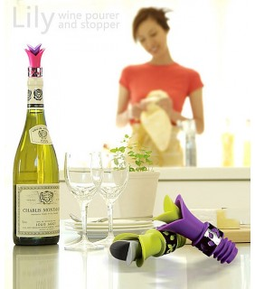 LILY WINE POURER AND STOPPER